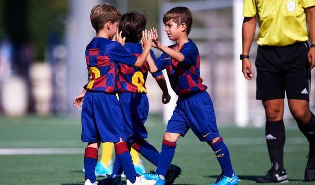 FC Barcelona Clinics - FC Barcelona Experiences